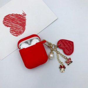 Hidzo hoes voor Apple's Airpods - Siliconen - Love - Rood