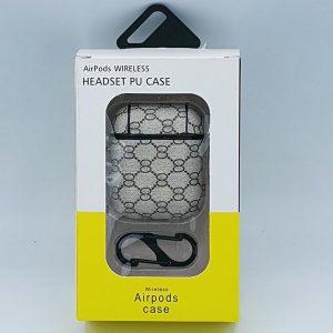 Monogram Kunstlederen Case Cover Hoesje voor Apple Airpods - lichtgrijs - met karabijn